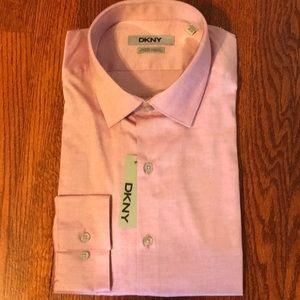 NWT Men's slim fit button down dress shirt. 16.5